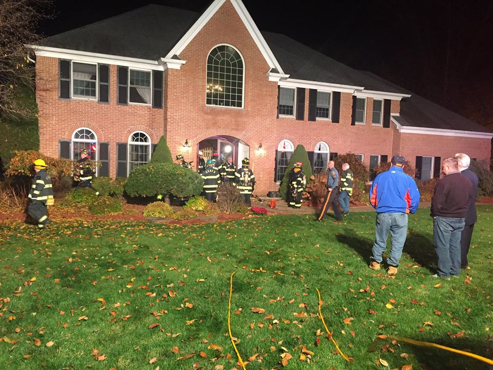 Usrfd Makes Quick Stop During Basement Fire